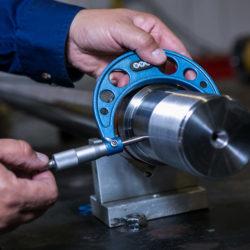 Measuring a hydraulic cylinder