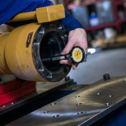 Hydraulic cylinder receiving repair