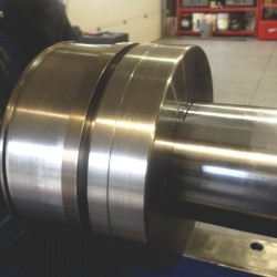 Hydraulic cylinder piston 2